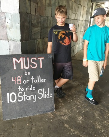 READ THE SIGN- 10 story slide!